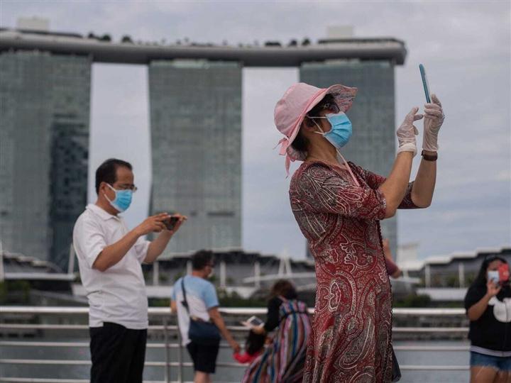 Singapore tăng tỷ lệ tiêm vaccine COVID-19 từ 31% lên 80% trong 3 tháng thế nào? - 1