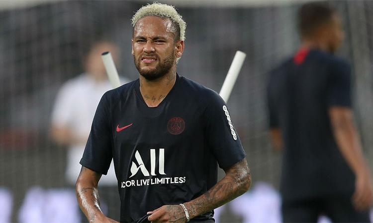 neymar canh bac lo cua barca