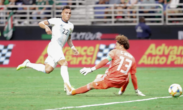 argentina thang mexico 4 0