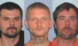 4 tù nhân