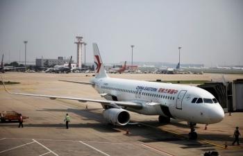 Hàng không Trung Quốc đua bán vé rẻ để bớt lỗ