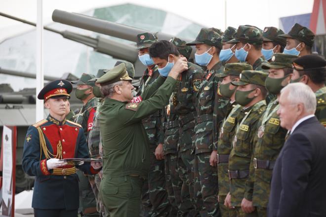 doi tang viet nam tien bo the nao tai army games
