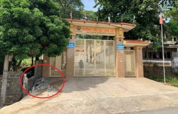 Học sinh Nghệ An bị tường rào đè chết thương tâm: Nhà trường báo cáo gì?