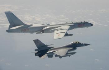 Thêm 19 máy bay quân sự Trung Quốc áp sát Đài Loan