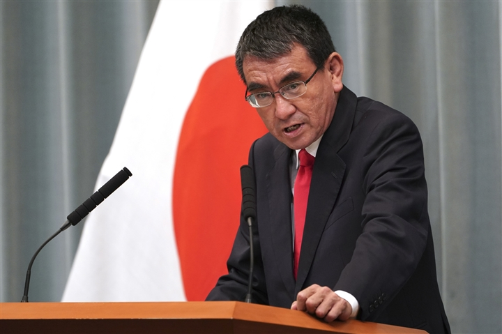 Những ai có khả năng trở thành Thủ tướng Nhật khi ông Suga từ chức? - 4