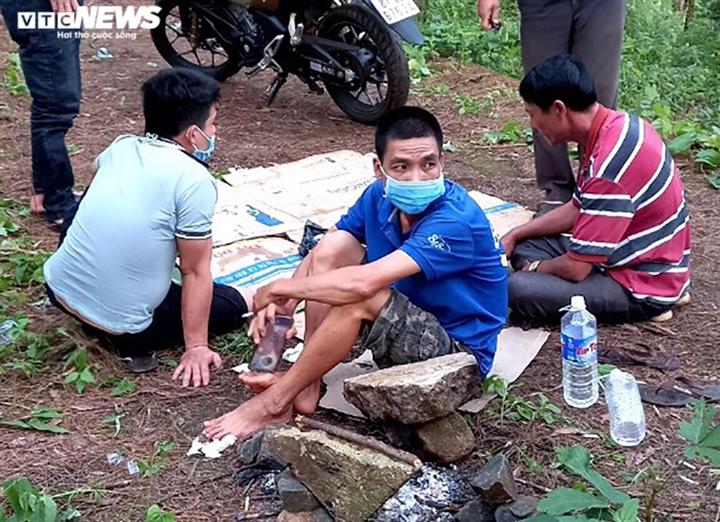 Xử phạt 50 triệu đồng nhóm người Gia Lai tổ chức ăn nhậu bất chấp dịch COVID-19 - 1