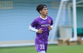 Tuyển Việt Nam chia tay 2 cầu thủ, có thể bổ sung Công Phượng