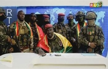 Quân đội Guinea tuyên bố dập tắt đảo chính