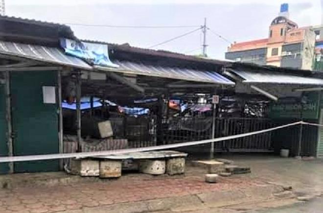 Hà Nội tìm người liên quan phụ nữ bán rau ở chợ Đại Từ mắc COVID-19 - 1