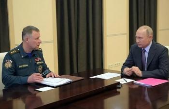 Hành động hy sinh cứu người của Đại tướng - Bộ trưởng Yevgeny Zinichev