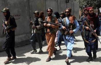 Taliban tuyên bố khôi phục hình phạt man rợ ném đá, chặt tay