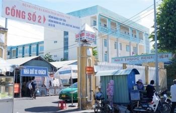 Bệnh nhân vác ghế hành hung nhân viên y tế ở Quảng Nam