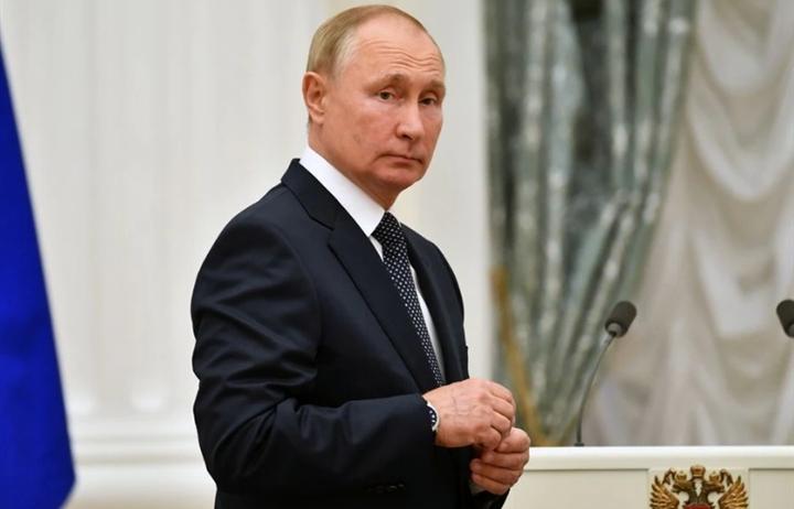 Tổng thống Putin hy vọng vaccine Sputnik sẽ bảo vệ mình