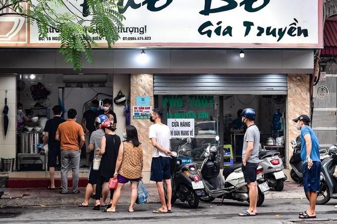 Hà Nội: Yêu cầu bắt buộc các nhà hàng, quán ăn, cơ sở kinh doanh phải tạo điểm quét QR Code khi mở cửa -0
