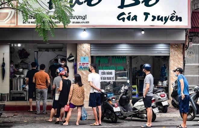 Hà Nội: Các cơ sở kinh doanh bắt buộc phải tạo điểm quét QR Code khi mở cửa