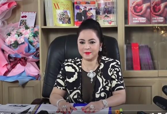 Các buổi livestream của bà Nguyễn Phương Hằng nhận được sự quan tâm rất lớn từ dư luận
