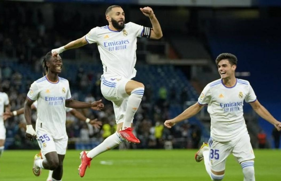 Benzema và Real Madrid lập một loạt kỷ lục sau trận thắng với tỷ số tennis