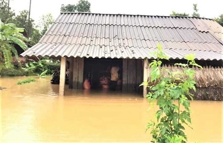Mưa lớn khiến nhiều tỉnh ở Miền Trung bị ngập cục bộ
