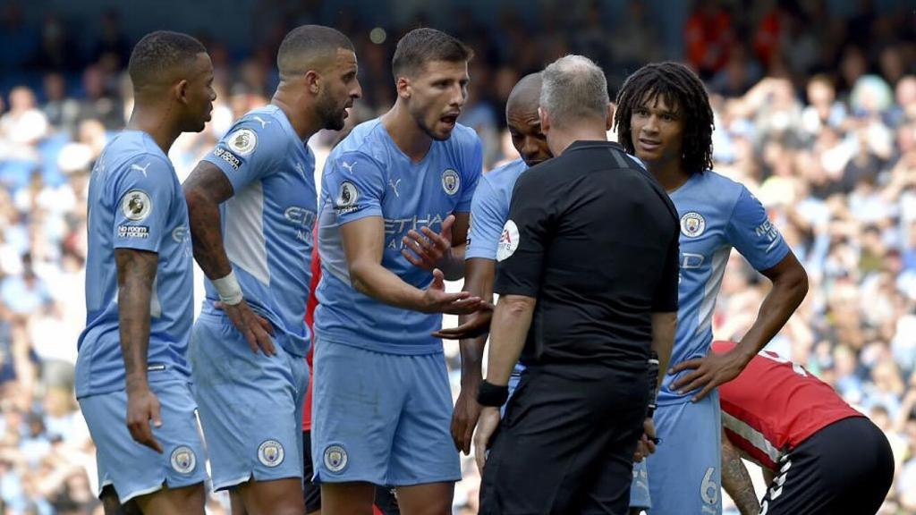 Man City bước vào tuần lễ khó khăn với lực lượng bị sứt mẻ