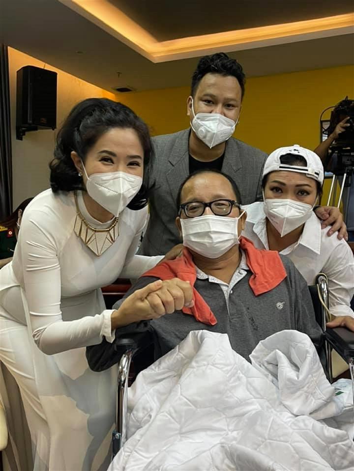 Nghệ sĩ Trần Mạnh Tuấn hồi phục sau cơn đột quỵ - 1