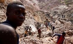 Sập mỏ vàng khiến 22 người thiệt mạng