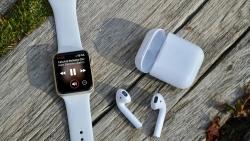 Doanh thu Apple tăng mạnh nhờ thiết bị đeo và iPad