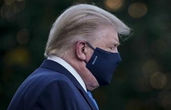Nỗi lo an ninh Mỹ khi Trump nhiễm nCoV