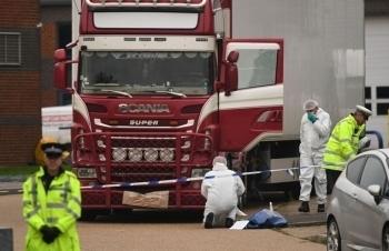 Anh xử 4 bị cáo vụ 39 người Việt chết trong container