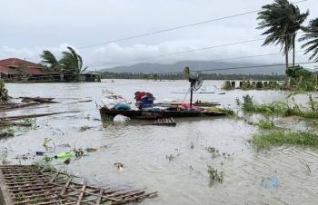 Bão Molave khiến 13 người Philippines mất tích