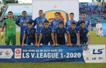 Nhà vô địch V-League 2017 Quảng Nam xuống hạng sau trận đấu điên rồ ở Lạch Tray