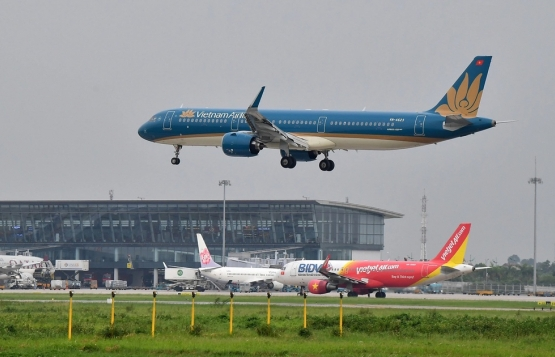 Hành khách bay từ TP Hồ Chí Minh và Đà Nẵng về Nội Bài cần điều kiện gì?