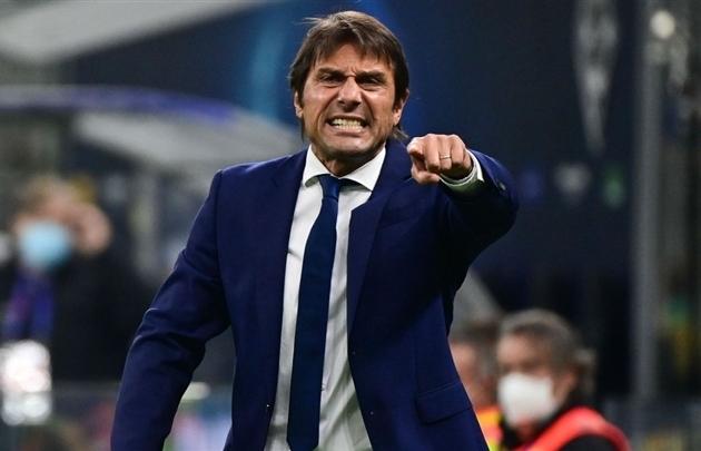 HLV Conte đồng ý tới Man Utd thay thế Solskjaer
