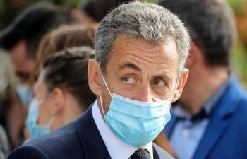 Cựu tổng thống Pháp hầu tòa vì cáo buộc hối lộ