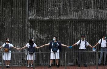 Chiến dịch giáo dục nhằm ngăn biểu tình ở Hong Kong