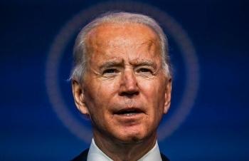 Biden quyết không đi vào