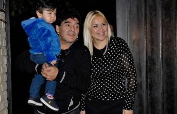 Maradona nhờ bạn trai của tình cũ chăm con út