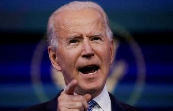Biden hối thúc Trump tố Nga tấn công mạng
