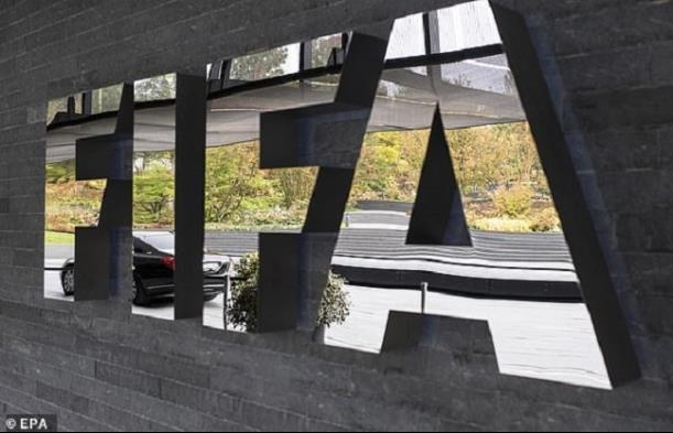 COVID-19 hoành hành, FIFA lần đầu tiên hủy giải tầm cỡ World Cup
