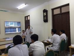 Vì sao cô giáo Hà Giang bị liệt sau một mũi tiêm?