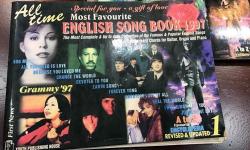'Tuyển tập ca khúc hay nhất mọi thời đại' tái bản sau 20 năm