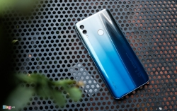 honor 8a pro gay an tuong manh voi thiet ke va gia chat
