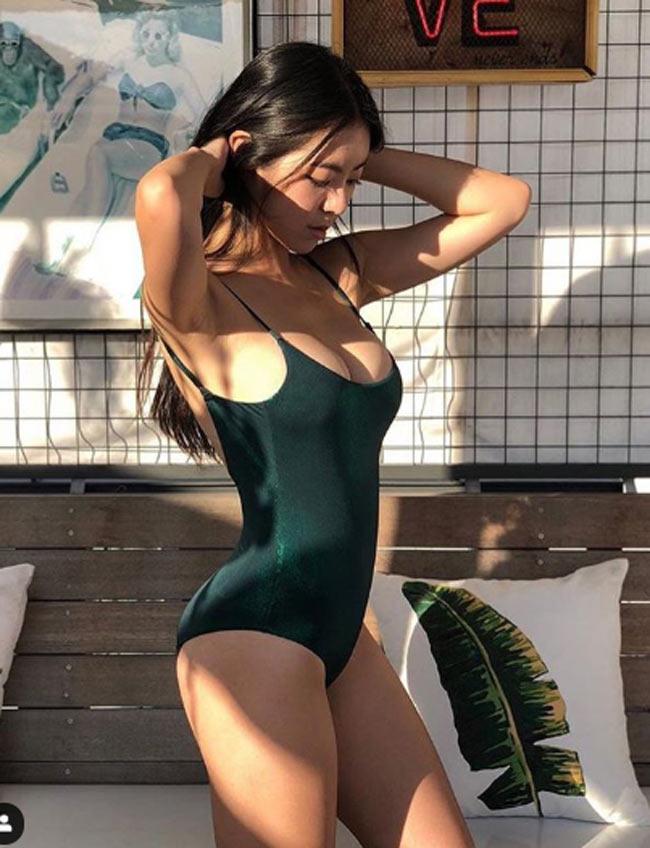 muon kieu mac bikini monokini gay kho chiu nguoi nhin cua chi em chau a