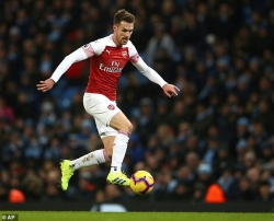 tran gap napoli co the la lan ra san cuoi cung cua ramsey voi arsenal