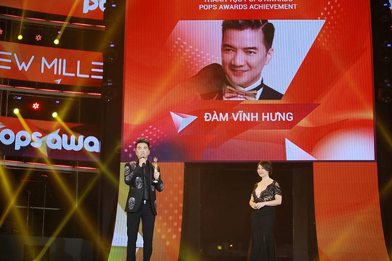 mr dam truong giang nhan giai thuong thanh tuu tai pops awards