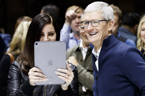 tim cook la ceo tot nhat apple tung co vuot qua ca steve jobs