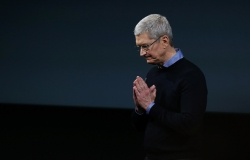 ceo tim cook chia se cau chuyen ve steve jobs va iphone