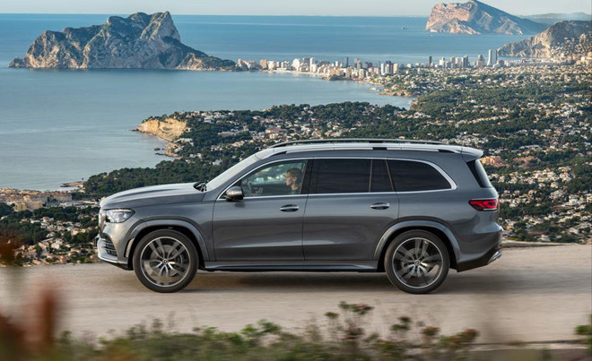 mercedes benz gls 2020 them cong nghe gia dat hon