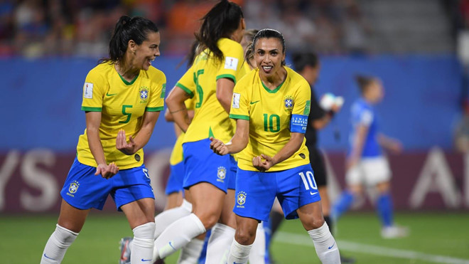 tuyen thu brazil lap ky luc ghi ban o world cup