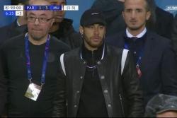 neymar nhan an phat nang o champions league