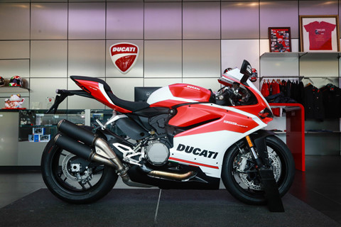 can canh ducati 959 panigale corse gia 635 trieu tai vn